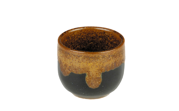 Porcelain sake Cup Brown/Black