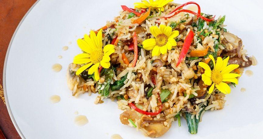 אורז תאילנדי מוקפץ