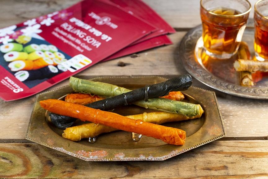 סיגרים מרוקאים עם מרציפן על בסיס דפי סויה צבעוניים (ללא גלוטן)