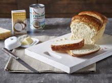 לחם חלב קוקוס